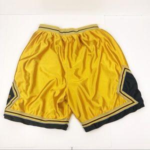 Mens Adidas Gold Athletic Shorts L
